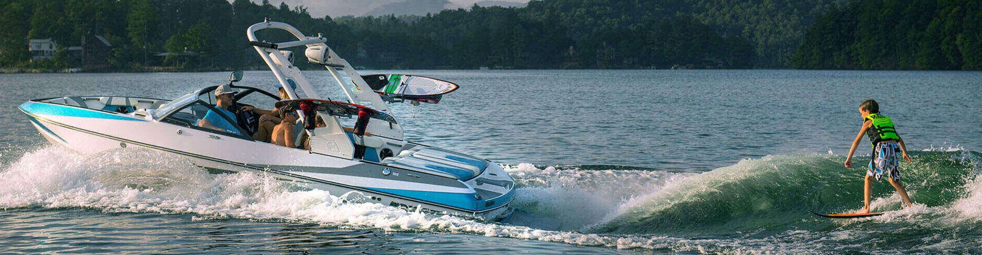 סירת מרוץ – הדרך אל האושר מגיעה במהירויות גבוהות